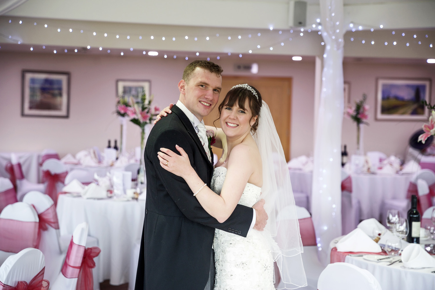 Sandford_Springs_Wedding_Photographer_Newbury_015.jpg