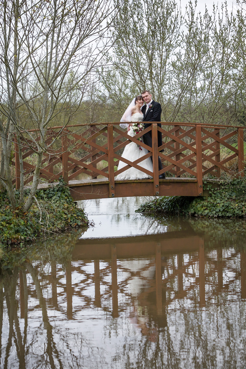 Sandford_Springs_Wedding_Photographer_Newbury_020.jpg