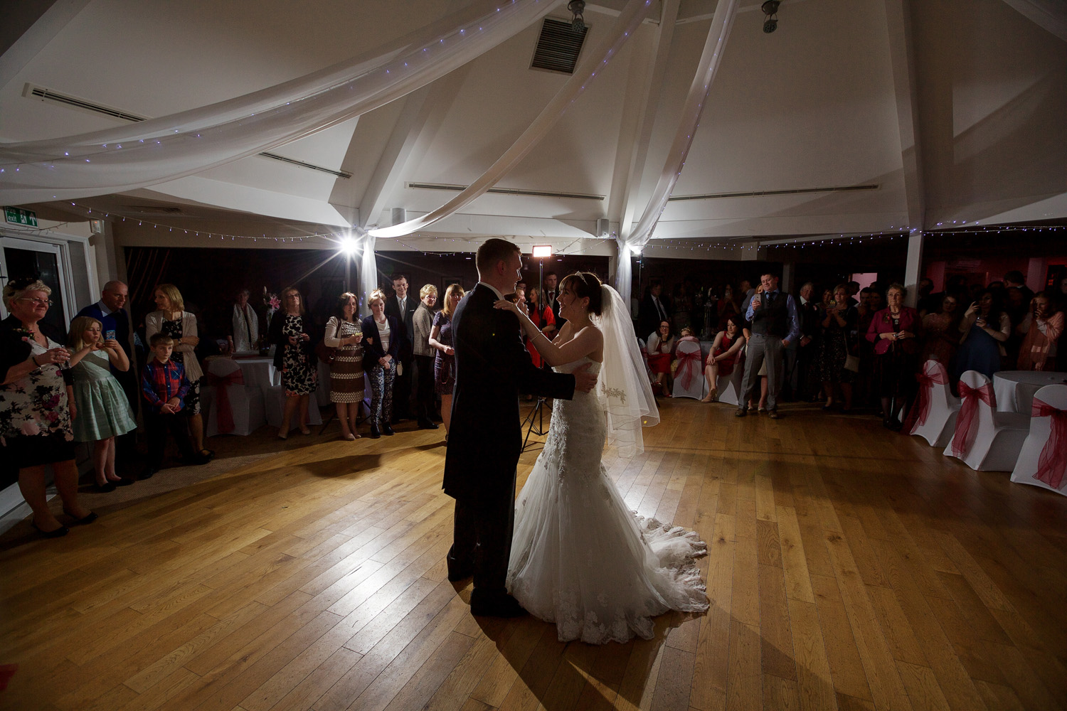 Sandford_Springs_Wedding_Photographer_Newbury_044.jpg