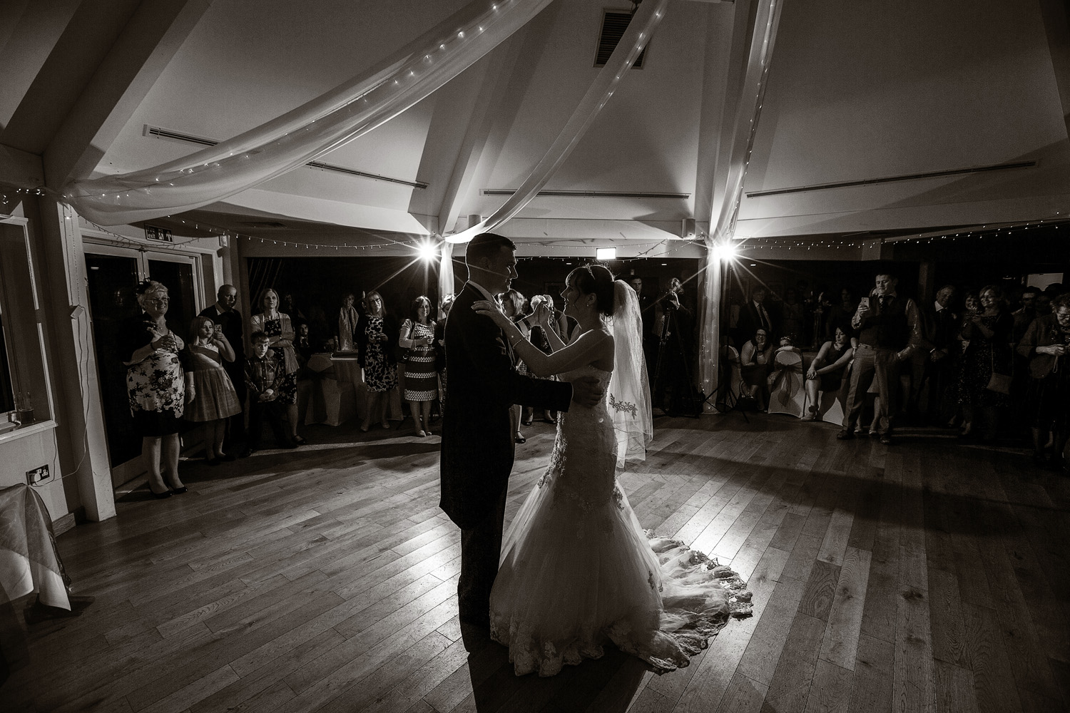 Sandford_Springs_Wedding_Photographer_Newbury_045.jpg