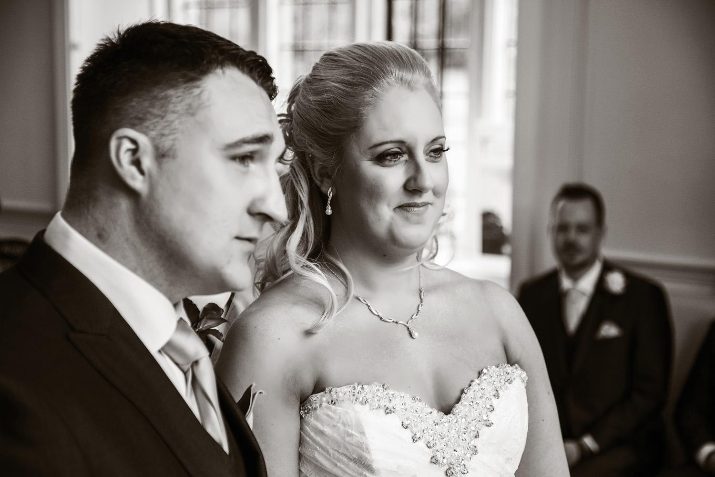 Shaw_House_Wedding_Photographer_Newbury_Berkshire_021.jpg
