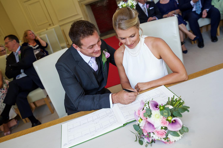 Shaw_House_Wedding_Photographer_Newbury_Berkshire_044.jpg