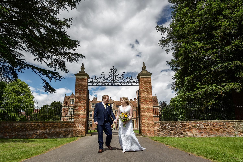 Shaw_House_Wedding_Photographer_Newbury_Berkshire_048.jpg