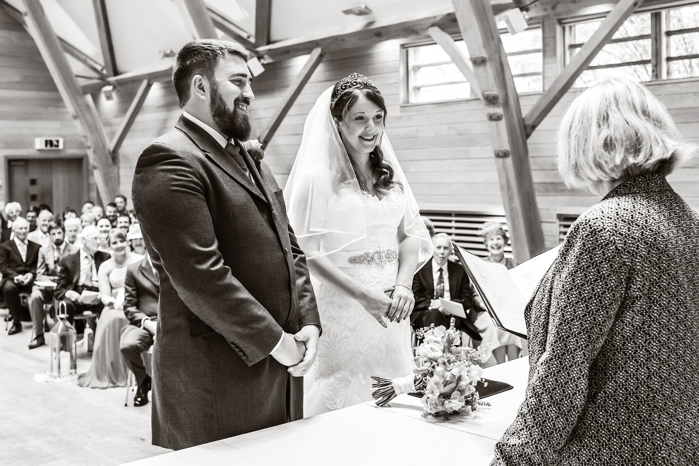 Sheepdrove_Eco_Centre_Wedding_Photographer_Hungerford_Berkshire_007.jpg
