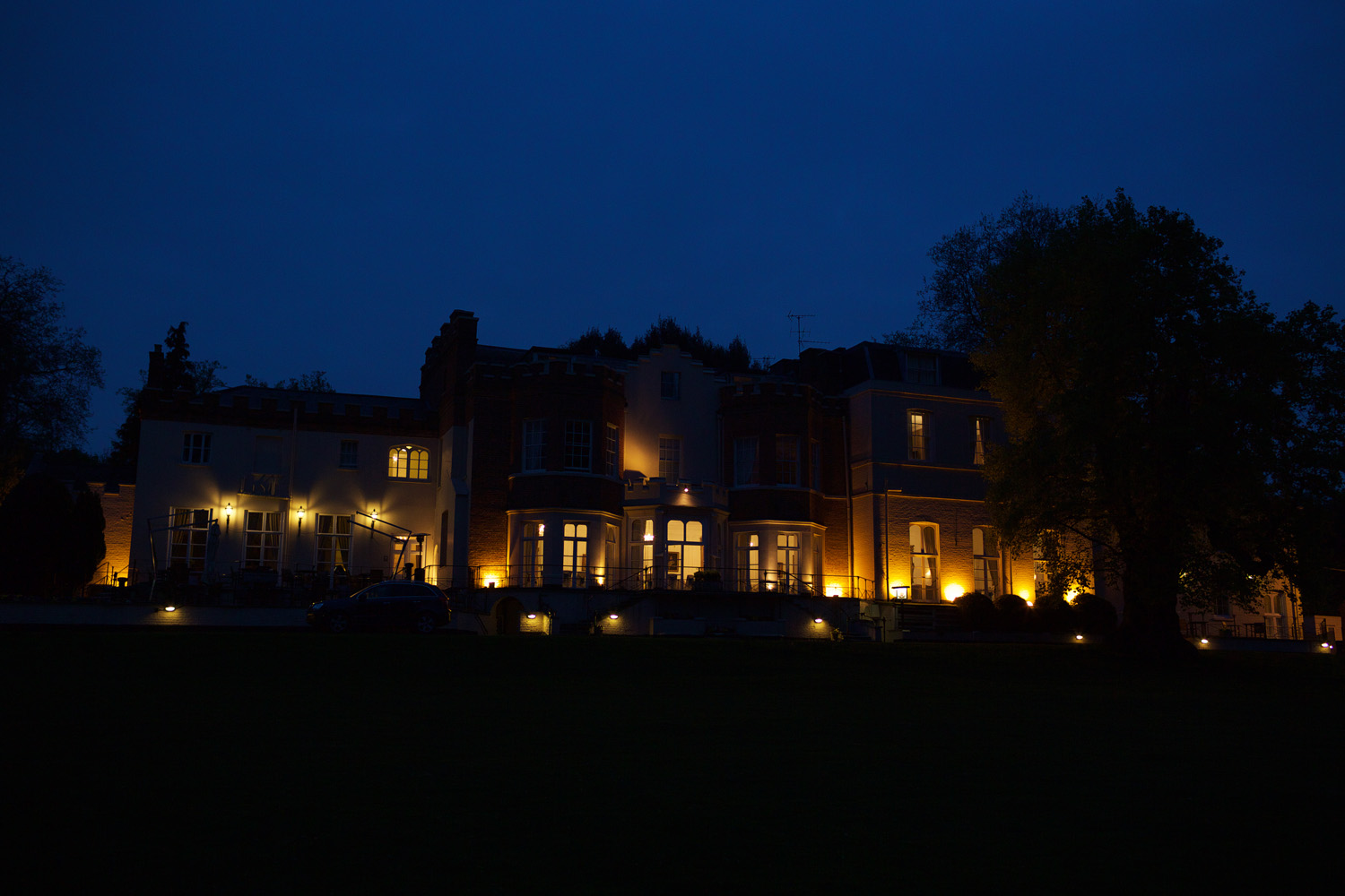 Taplow_House_Hotel_Wedding_Photographer_Maidenhead_050.jpg