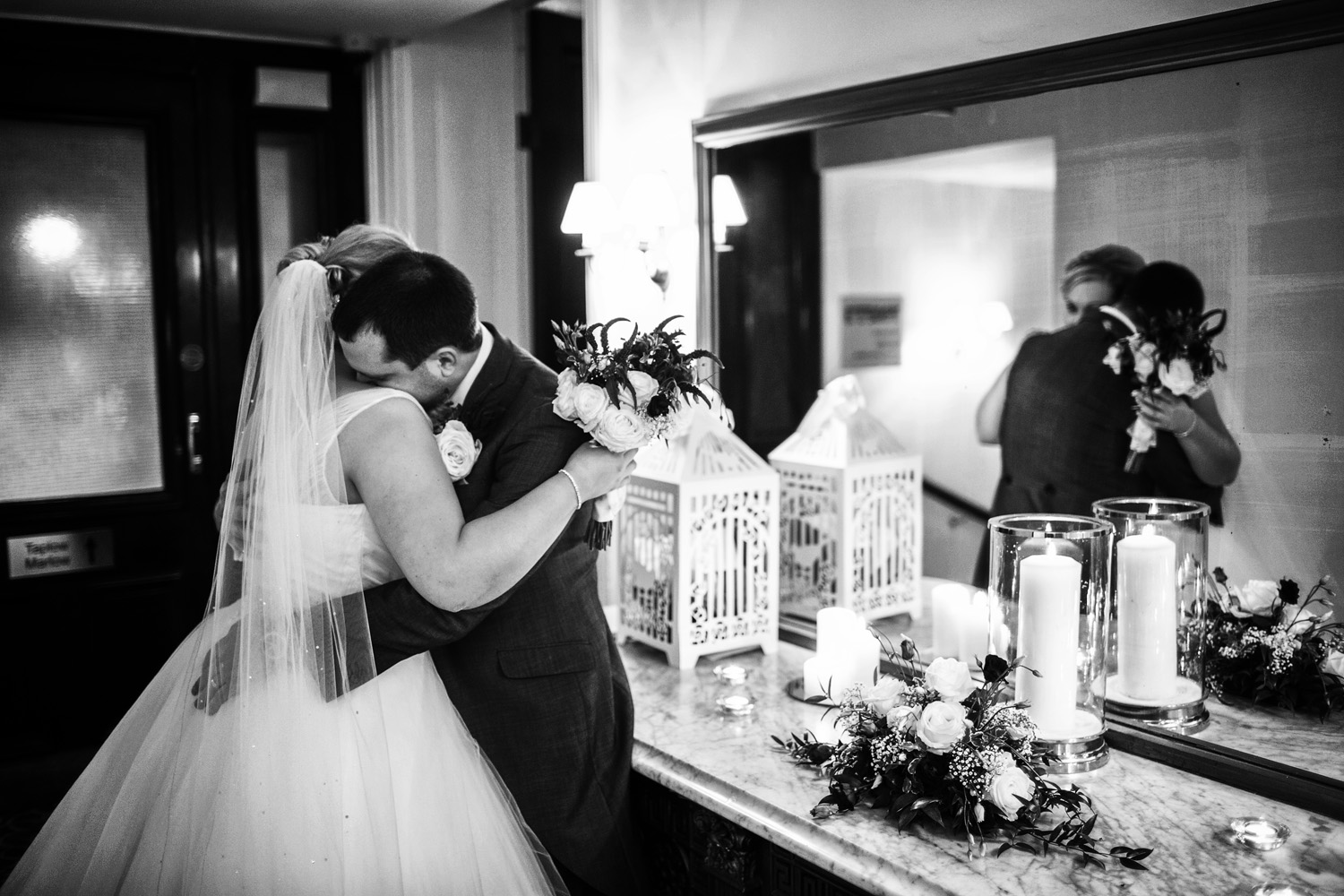 Taplow_House_Hotel_Wedding_Photographer_Maidenhead_051.jpg