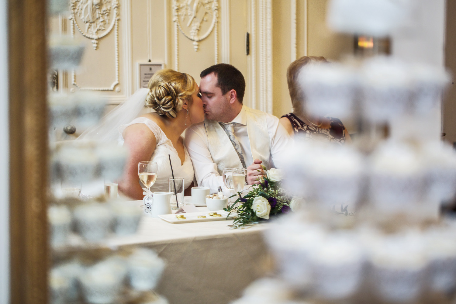 Taplow_House_Hotel_Wedding_Photographer_Maidenhead_053.jpg
