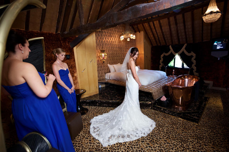 Crazy_Bear_Wedding_Photographer_Stadhampton_013.jpg