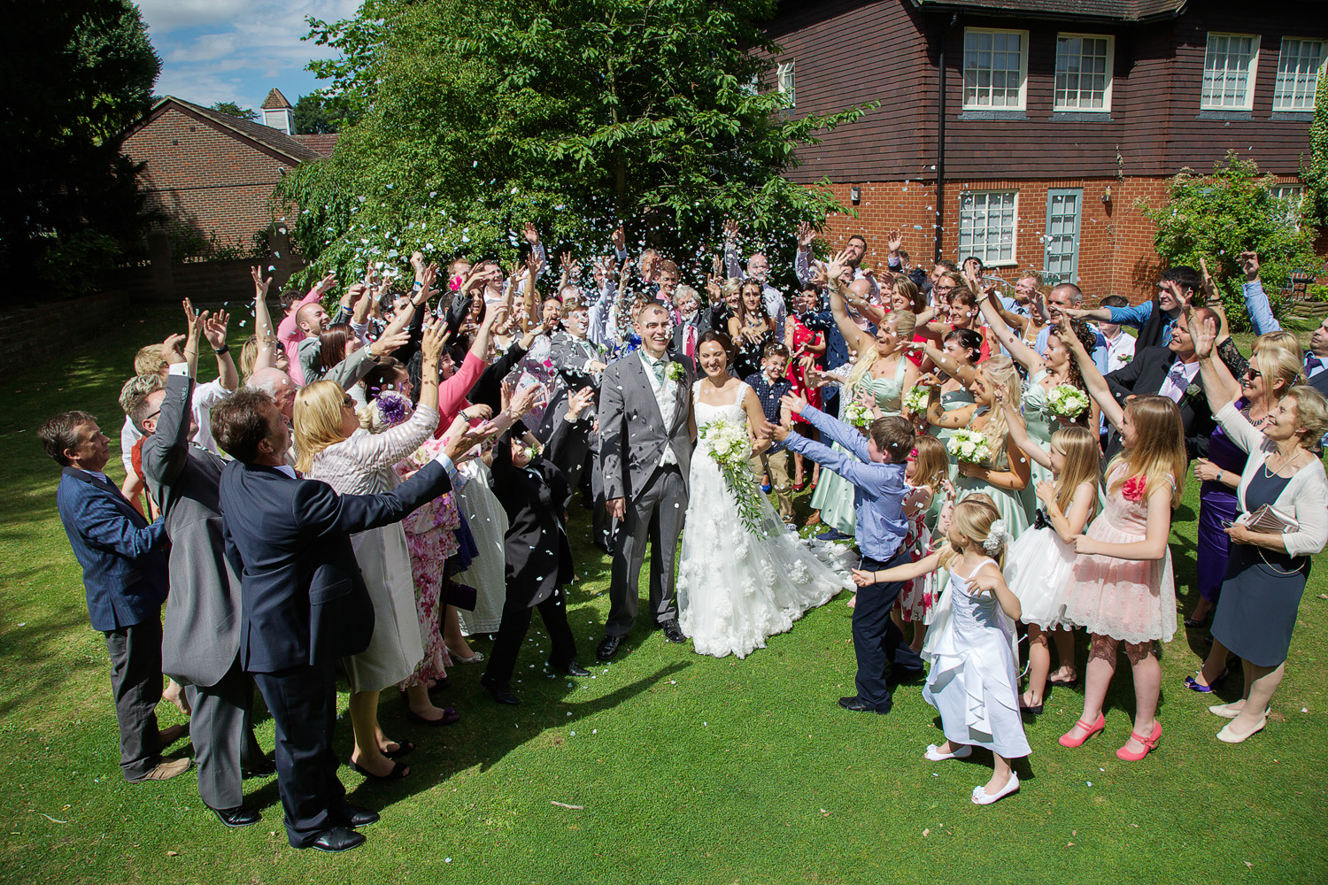The_Elephant_Wedding_Photographer_Pangbourne_009.jpg
