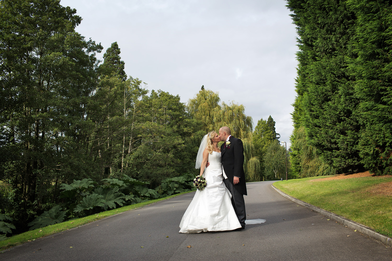 The_Elvetham_Wedding_Photographer_Hook_015.jpg