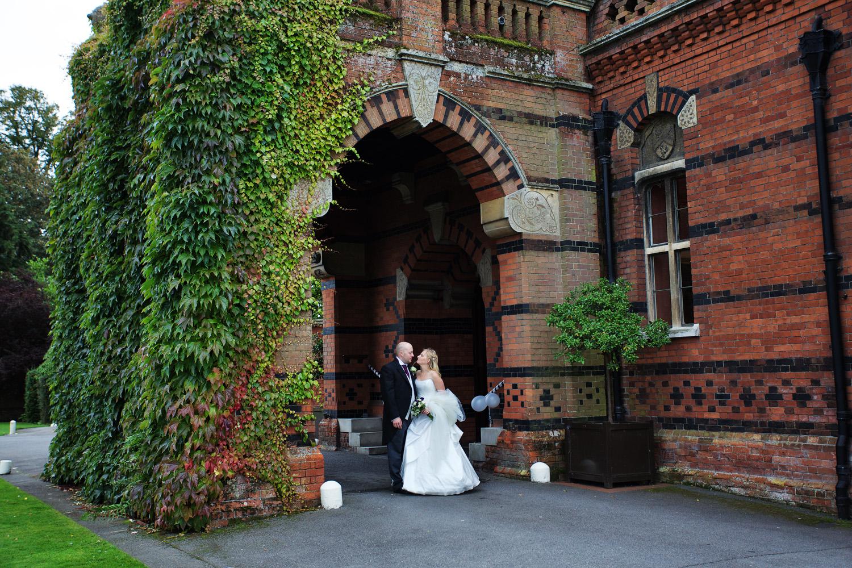 The_Elvetham_Wedding_Photographer_Hook_040.jpg