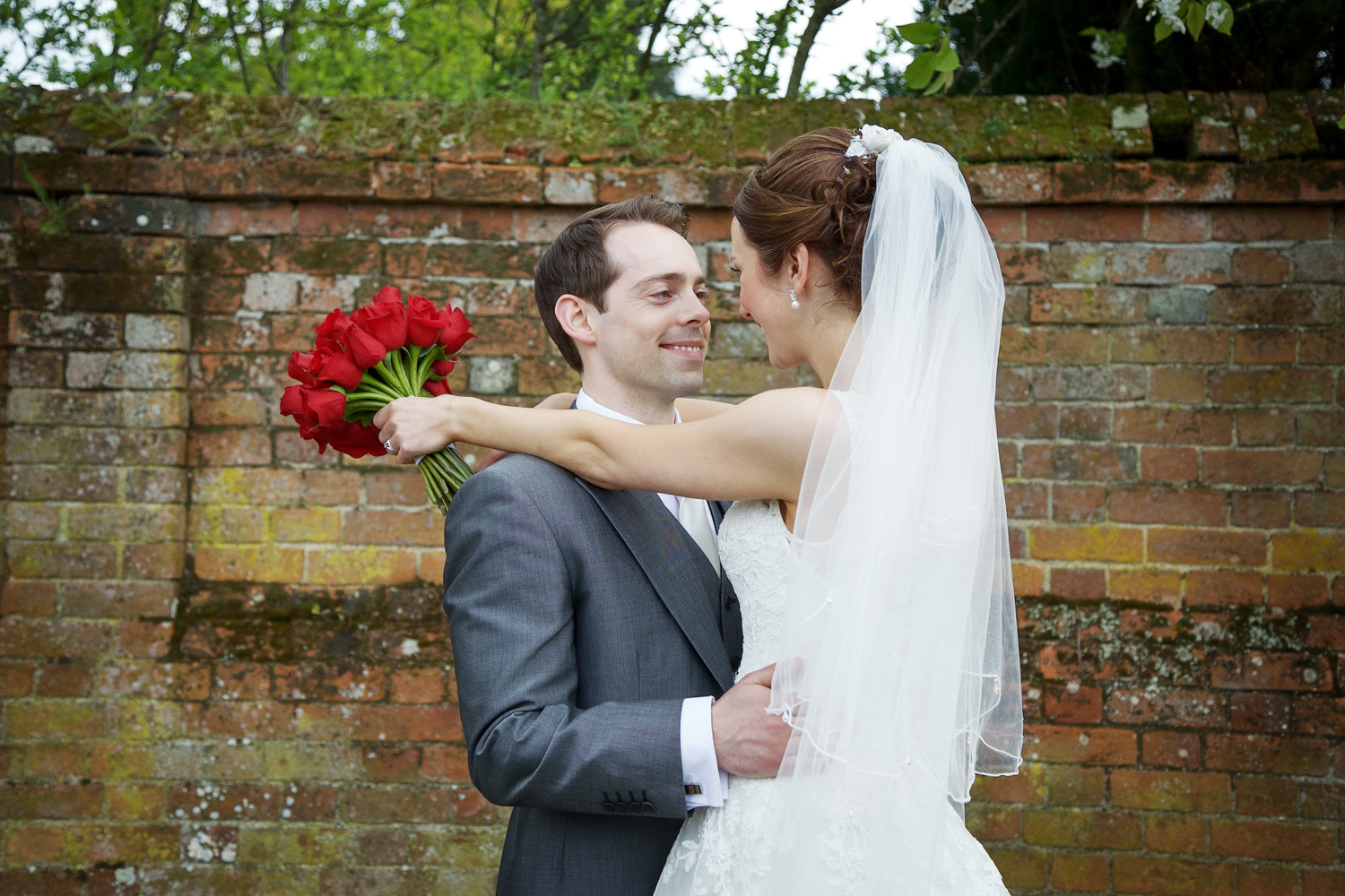 The_Mill_House_Wedding_Photographer_Swallowfield_024.jpg