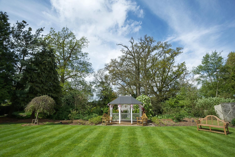 Trunkwell_House_Wedding_Photographer_Reading_Berkshire_008.jpg