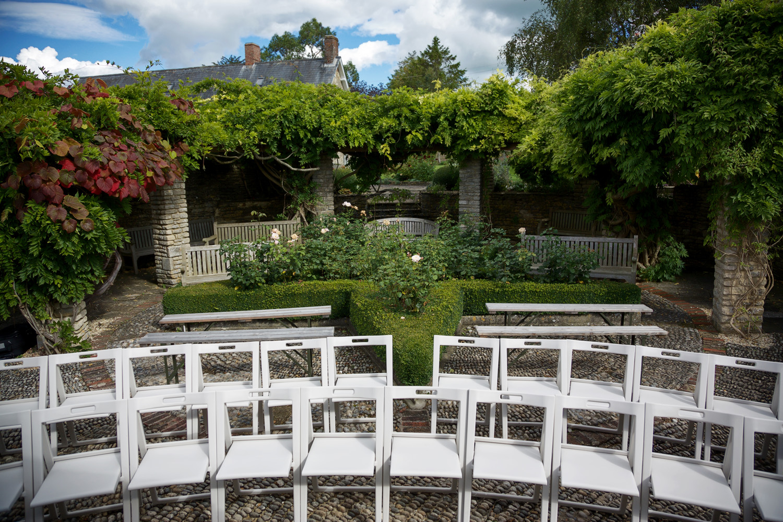 Winkworth_Farm_Wedding_Photographer_Malmesbury_010.jpg