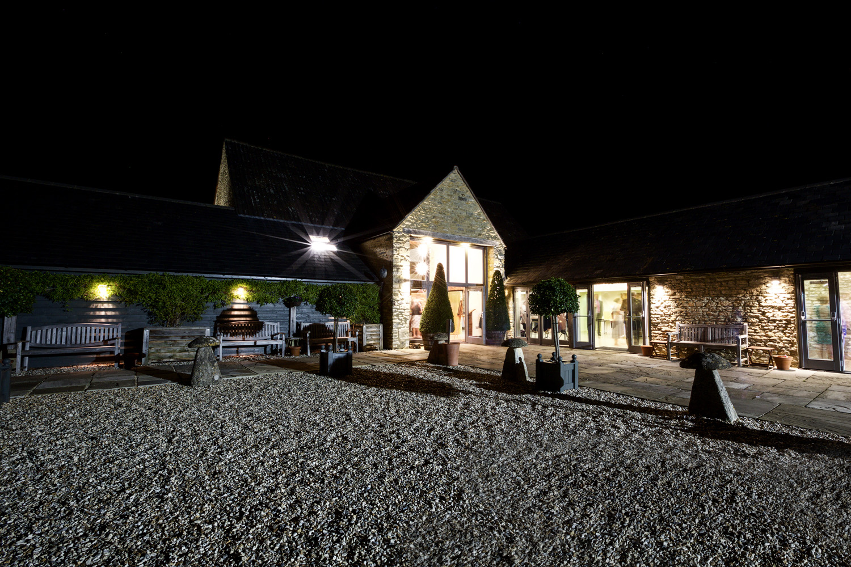 Winkworth_Farm_Wedding_Photographer_Malmesbury_023.jpg