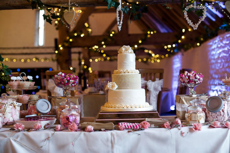 Ufton_Court_Barn_Wedding_Photographer_Reading_Berkshire_004.jpg