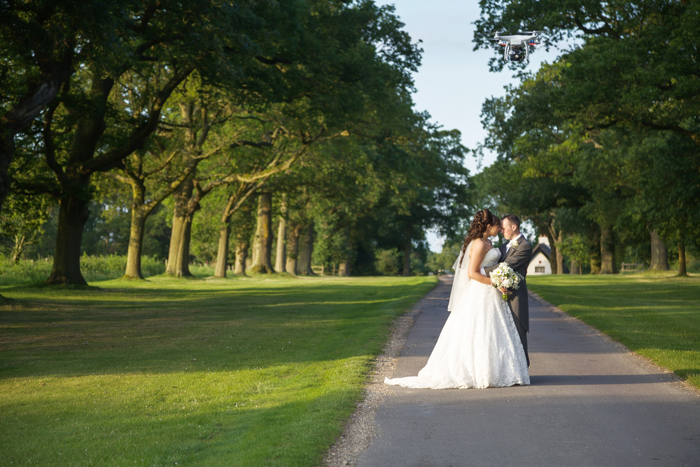 Ufton_Court_Barn_Wedding_Photographer_Reading_Berkshire_006.jpg