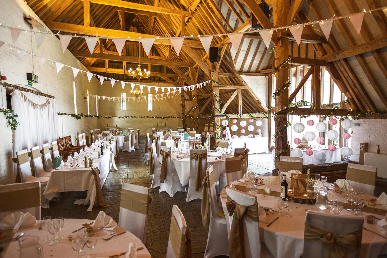 Ufton_Court_Barn_Wedding_Photographer_Reading_Berkshire_005.jpg