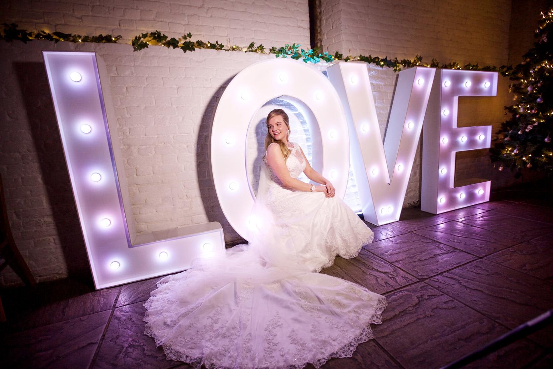 Ufton_Court_Barn_Wedding_Photographer_Reading_Berkshire_012.jpg