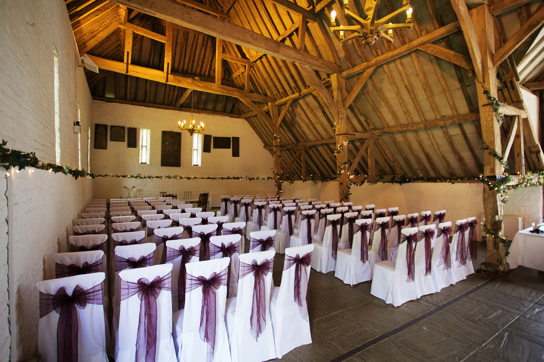 Ufton_Court_Barn_Wedding_Photographer_Reading_Berkshire_013.jpg