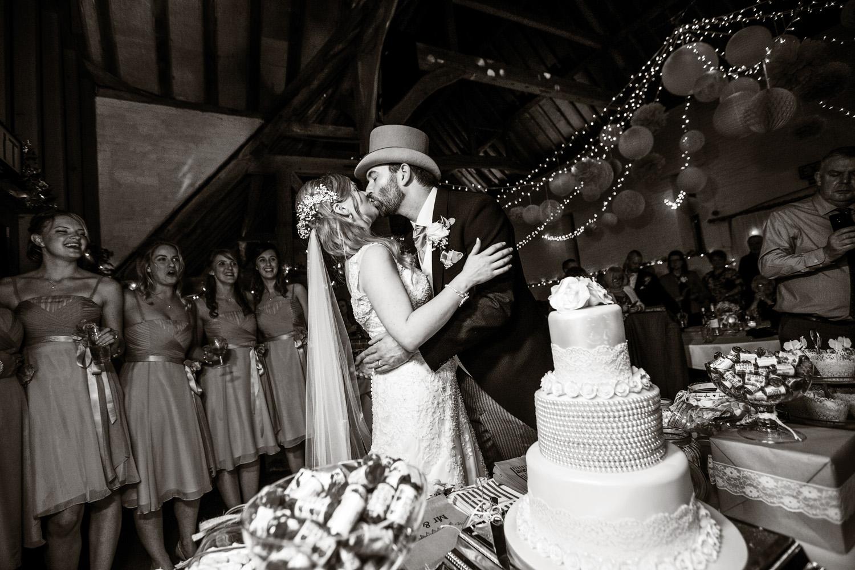 Ufton_Court_Barn_Wedding_Photographer_Reading_Berkshire_017.jpg