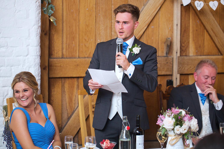 Ufton_Court_Barn_Wedding_Photographer_Reading_Berkshire_019.jpg