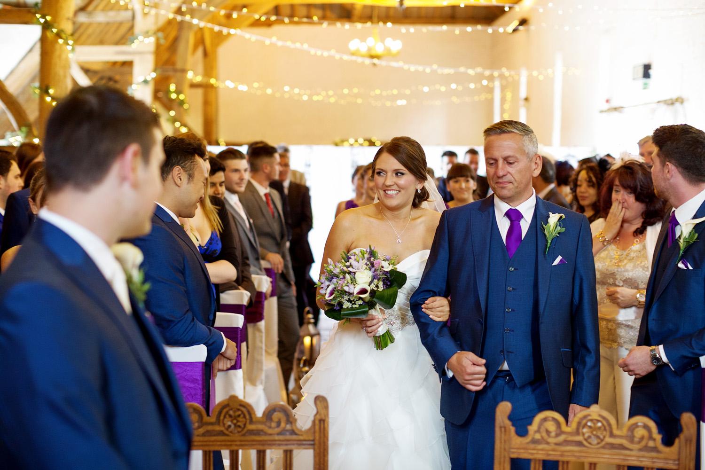 Ufton_Court_Barn_Wedding_Photographer_Reading_Berkshire_028.jpg