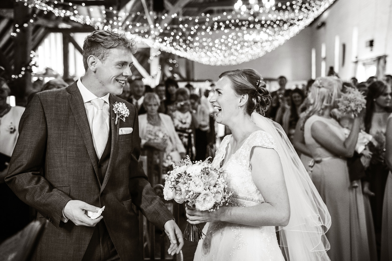 Ufton_Court_Barn_Wedding_Photographer_Reading_Berkshire_033.jpg