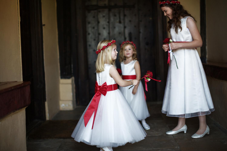Ufton_Court_Barn_Wedding_Photographer_Reading_Berkshire_034.jpg