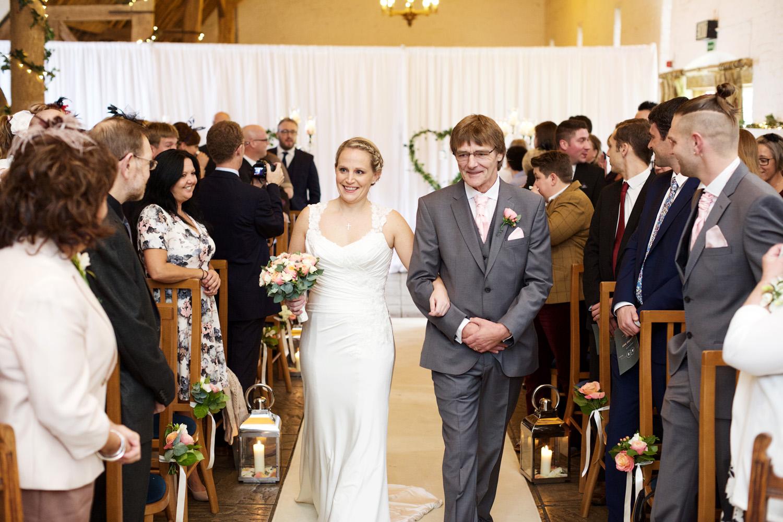 Ufton_Court_Barn_Wedding_Photographer_Reading_Berkshire_037.jpg