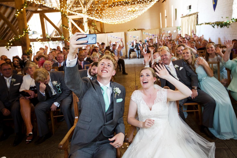 Ufton_Court_Barn_Wedding_Photographer_Reading_Berkshire_041.jpg