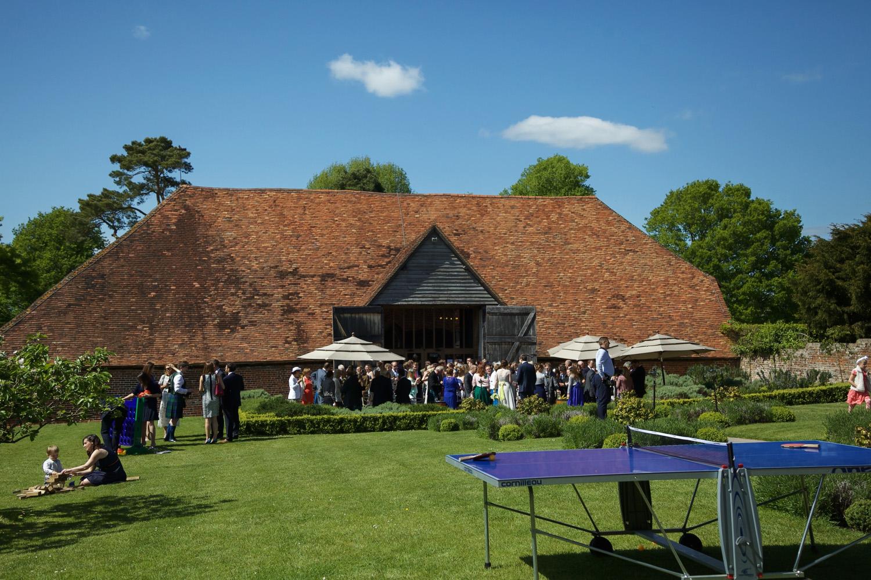 Ufton_Court_Barn_Wedding_Photographer_Reading_Berkshire_053.jpg