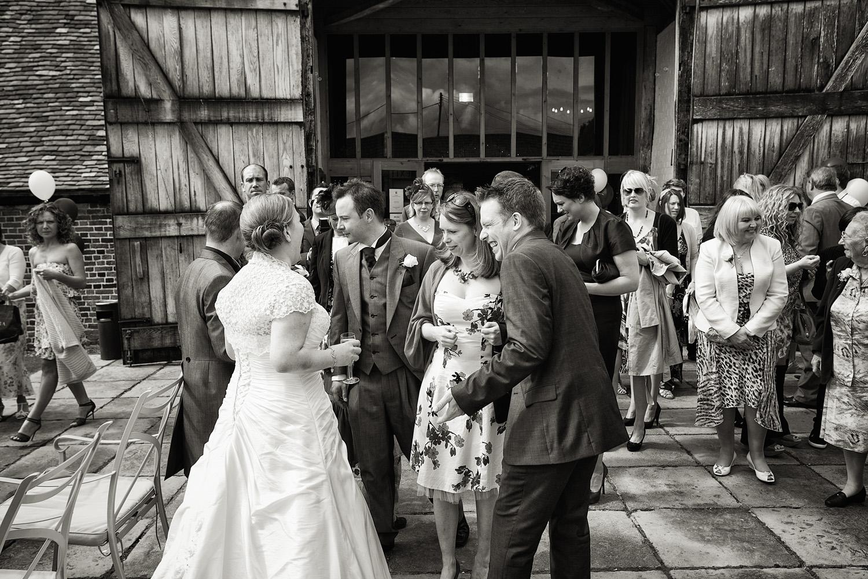 Ufton_Court_Barn_Wedding_Photographer_Reading_Berkshire_060.jpg