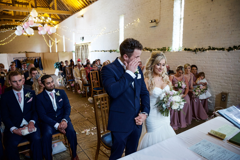 Ufton_Court_Barn_Wedding_Photographer_Reading_Berkshire_066.jpg