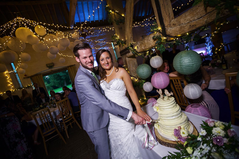 Ufton_Court_Barn_Wedding_Photographer_Reading_Berkshire_074.jpg