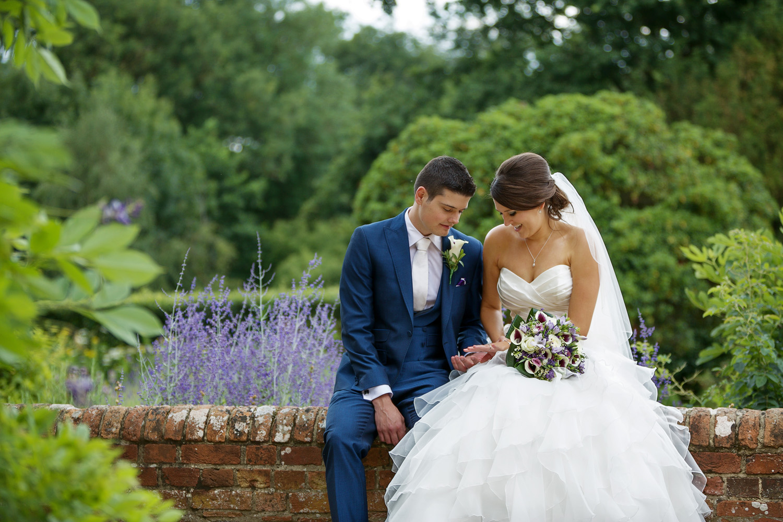 Ufton_Court_Barn_Wedding_Photographer_Reading_Berkshire_078.jpg