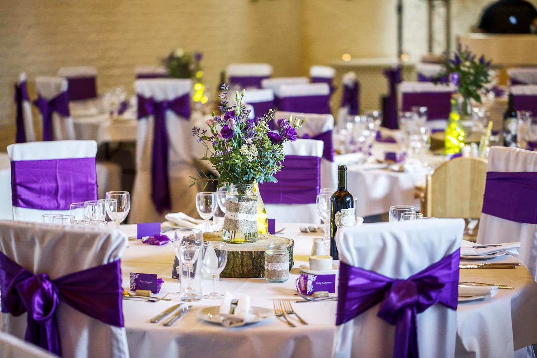Ufton_Court_Barn_Wedding_Photographer_Reading_Berkshire_090.jpg