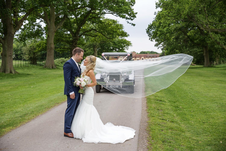 Ufton_Court_Barn_Wedding_Photographer_Reading_Berkshire_107.jpg