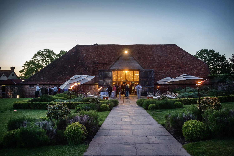 Ufton_Court_Barn_Wedding_Photographer_Reading_Berkshire_114.jpg