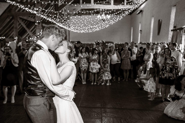 Ufton_Court_Barn_Wedding_Photographer_Reading_Berkshire_117.jpg