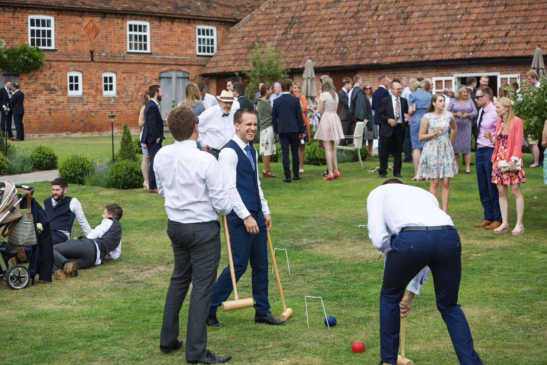Ufton_Court_Barn_Wedding_Photographer_Reading_Berkshire_136.jpg