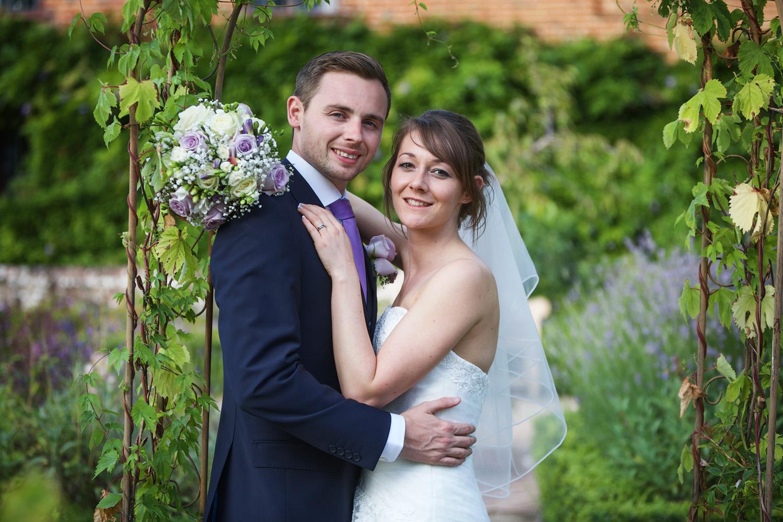 Ufton_Court_Barn_Wedding_Photographer_Reading_Berkshire_138.jpg