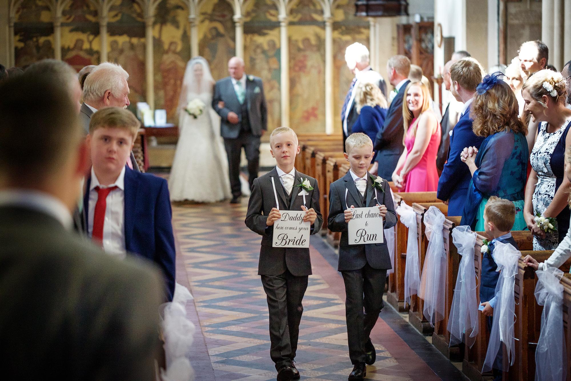 Adam_Hillier_Wedding_Photographer_Newbury_Berkshire_1 (3).jpg