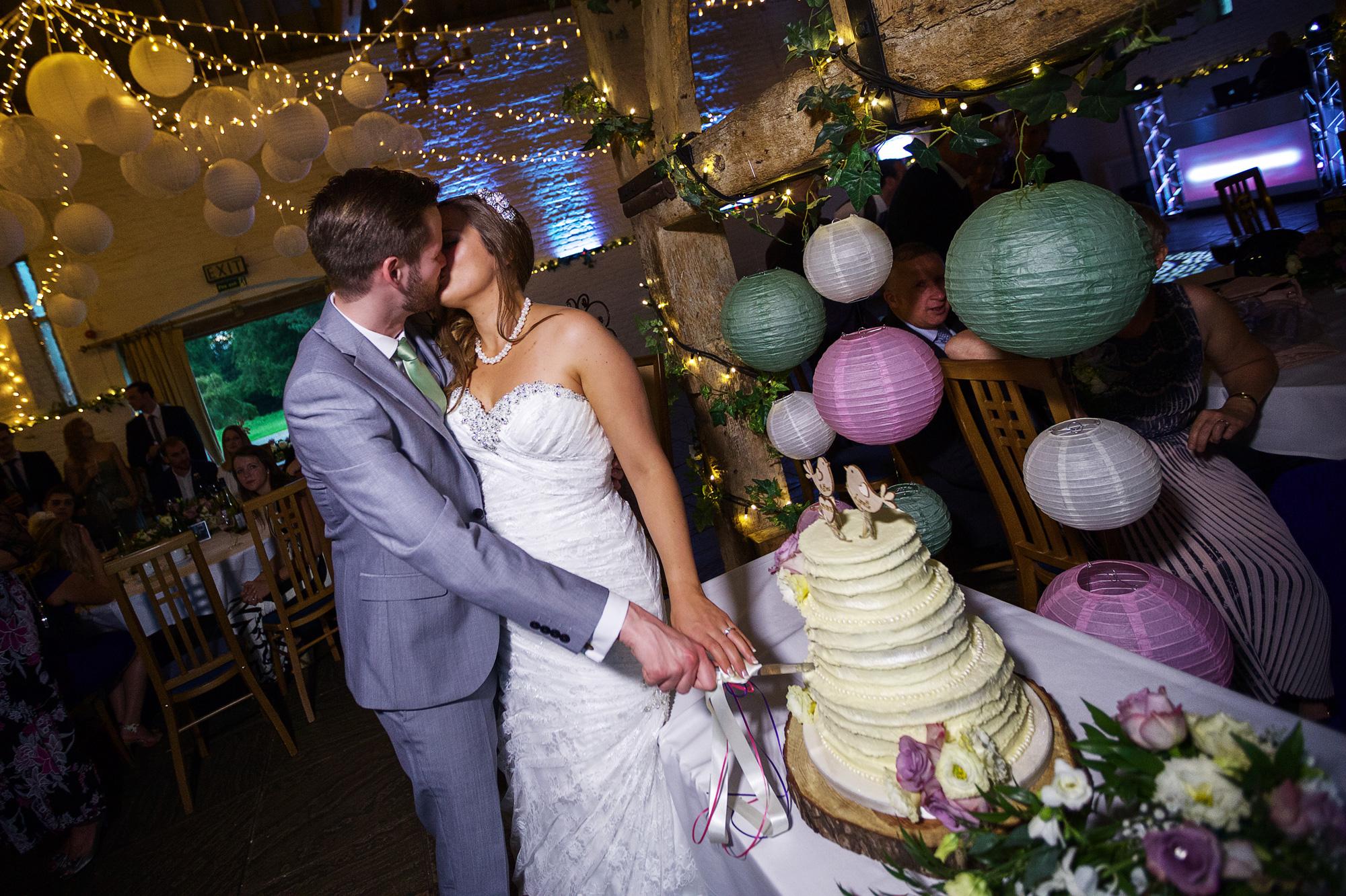 Adam_Hillier_Wedding_Photographer_Newbury_Berkshire_2 (6).jpg