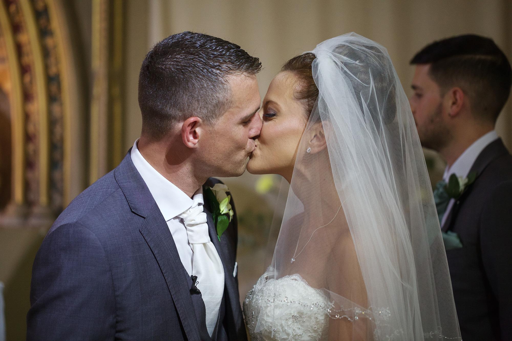 Adam_Hillier_Wedding_Photographer_Newbury_Berkshire_5 (3).jpg