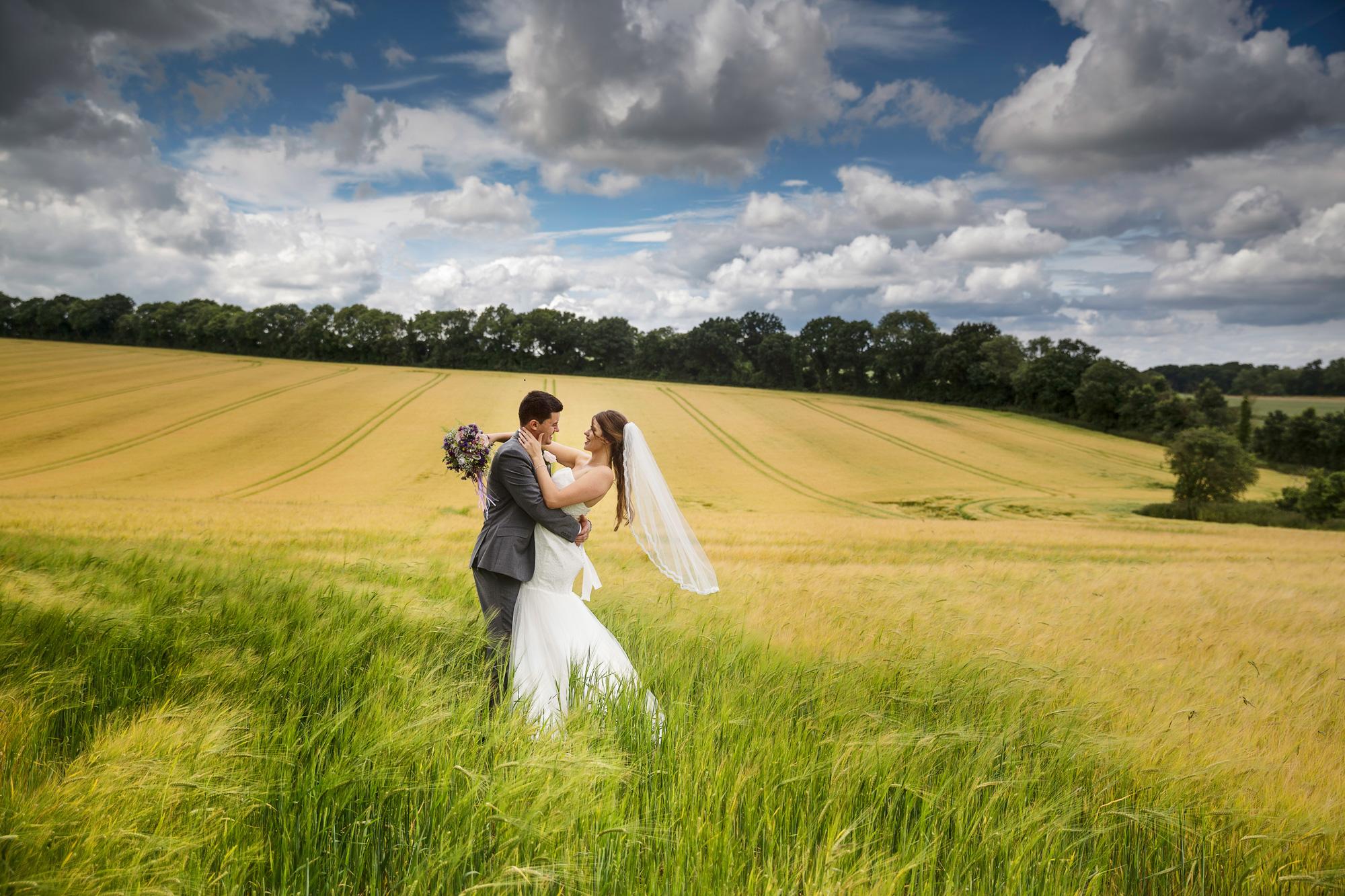 Adam_Hillier_Wedding_Photographer_Newbury_Berkshire_8 (9).jpg