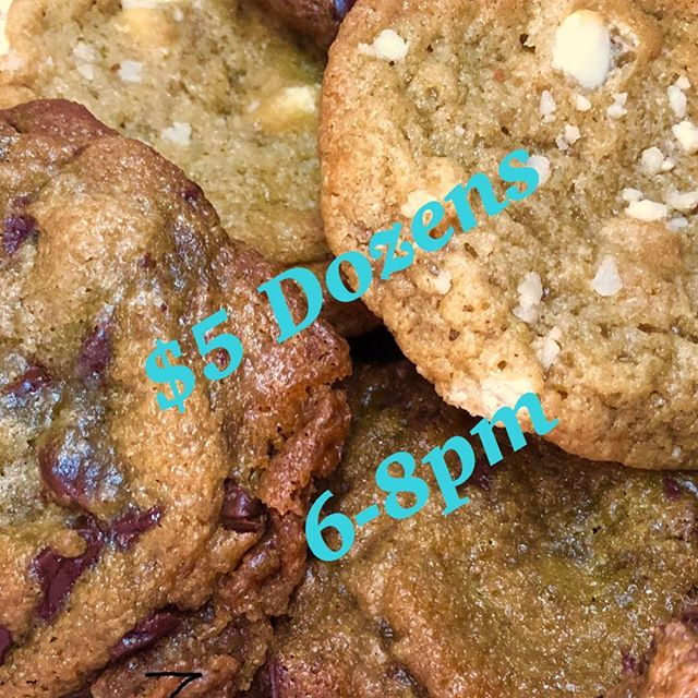 Y'all keep blowing up our DM for the $5 dozens!!!! So, it's back this evening from 6-8pm . Pick up  in Inglewood. Prepay through cashapp $TotPotsCookies DM for location.  Ice cream too... Flavors:Chicken and Waffles/Peach Cobbler/Banana Pudding/Blueberry Pancakes/Milk and  Cookies/Vanilla  #bestcookiesincali  #bestcookiesincali  #cookiesinla  #totpots  #totpotscookies  #desserttruck  #dessertcater  #bestcookiesincali #homemadeicecream