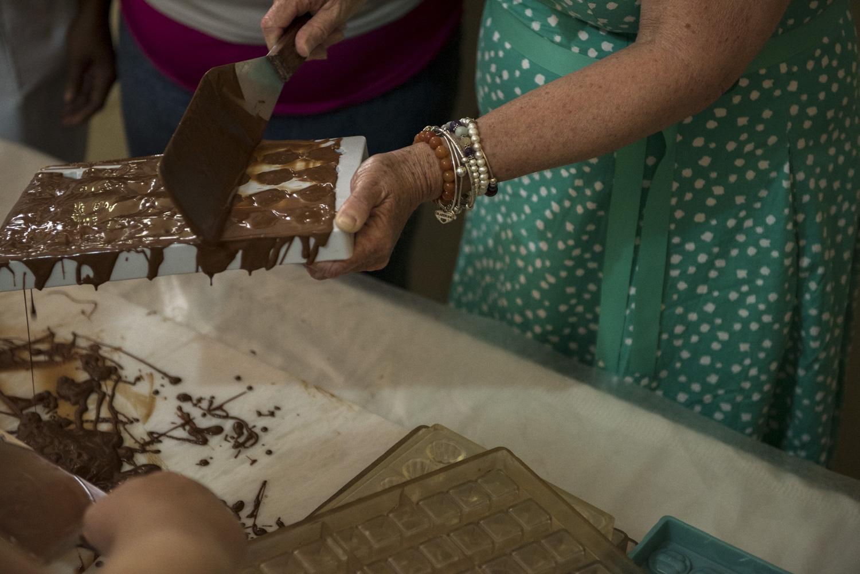 Chocolate_Volunteer_Boise Photographer-2.jpg