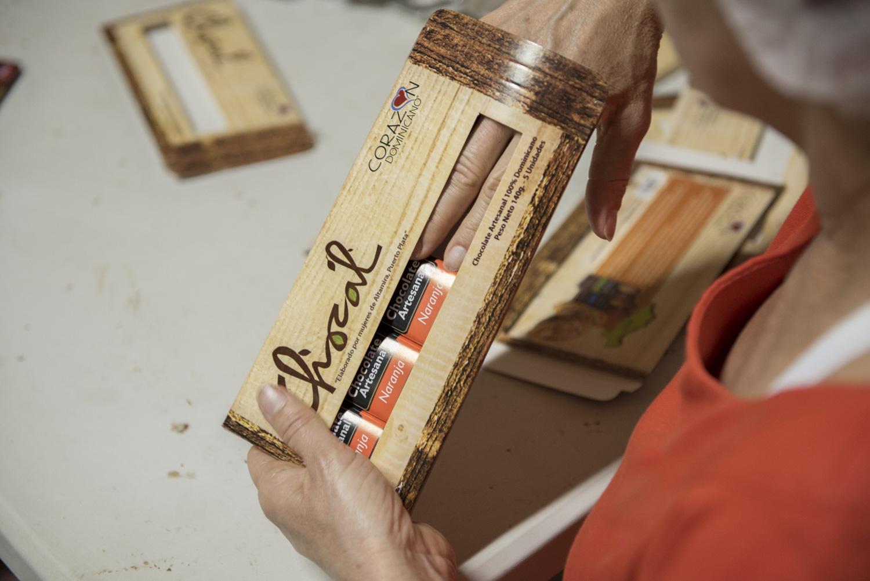 Chocolate_Volunteer_Boise Photographer-5.jpg