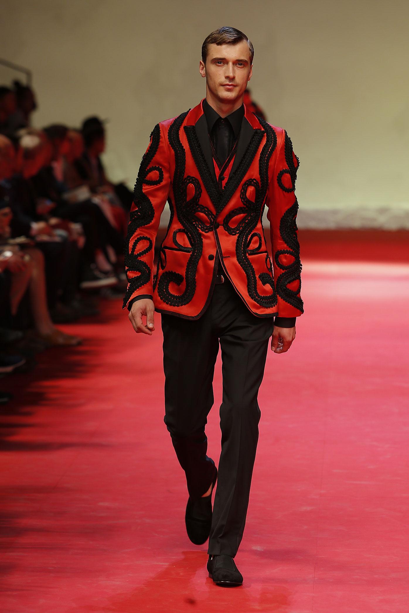 dolce-and-gabbana-summer-2015-men-fashion-show-runway-33-zoom.jpg